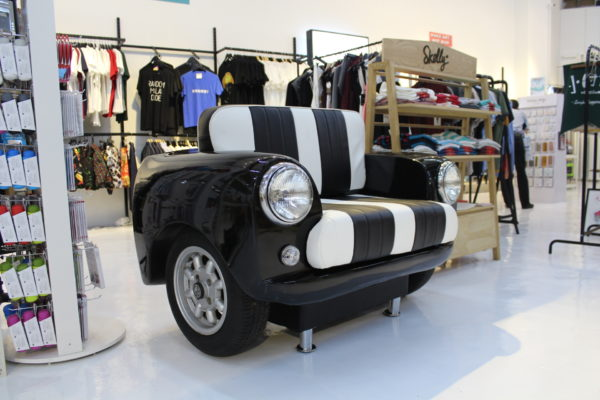 Black-Mini-Cooper-Sofa-2
